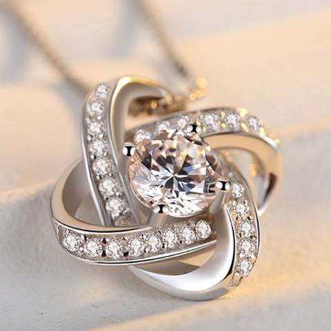 Dây chuyền bạc mặt hoa kim cương