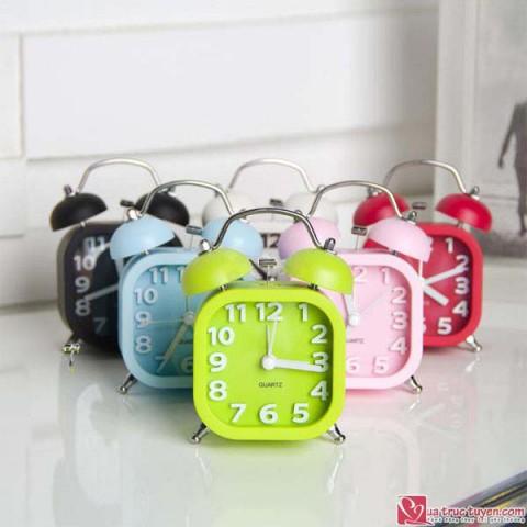 Đồng hồ báo thức đa màu sắc - loại lớn