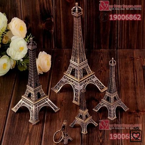 Mô hình tháp Eiffel kim loại